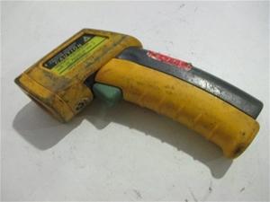 fluke 63 ir thermometer manual