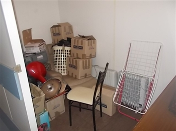 Entire Contents Of Overdue Storage Including Side Board Coffee Table Mic Auction 0004