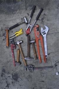 quantity assorted hand tools including 1 x utilux no 20 crimper 1 x 450 auction 0203. Black Bedroom Furniture Sets. Home Design Ideas