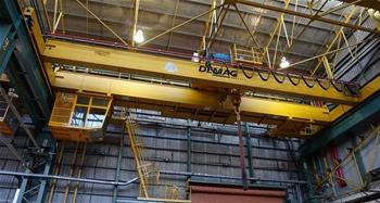 Overhead travelling Gantry Crane