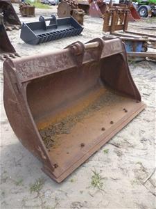 Caterpillar Backhoe Mud Bucket
