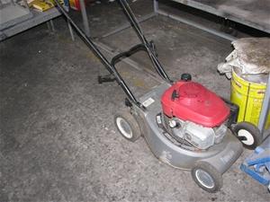 lawn mower victa mulch catch model corvette  petrol  stroke motor pul auction