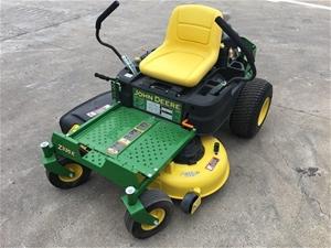 Unused 2016 John Deere Z335E Zero Turn Mower