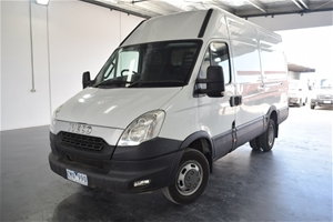 1a5cee9c516c19 2012 Iveco Daily 50C17 Manual - 6 Speed Van