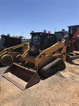 Caterpillar 257B Rubber Tracked Skid Steer with Bucket