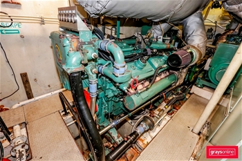 VIEW OF DIESEL ENGINE