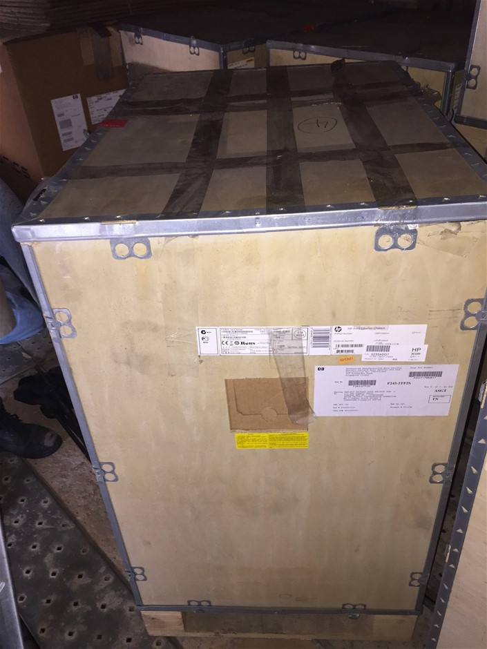 Brand NEW HP 9505 Switch Chassis (JC124B)