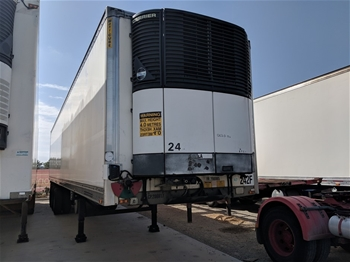 2004 Maxitrans ST3 Triaxle Refrigerated Trailer