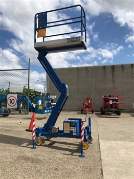 Power Tower Personnel Lift with stabiliser legs