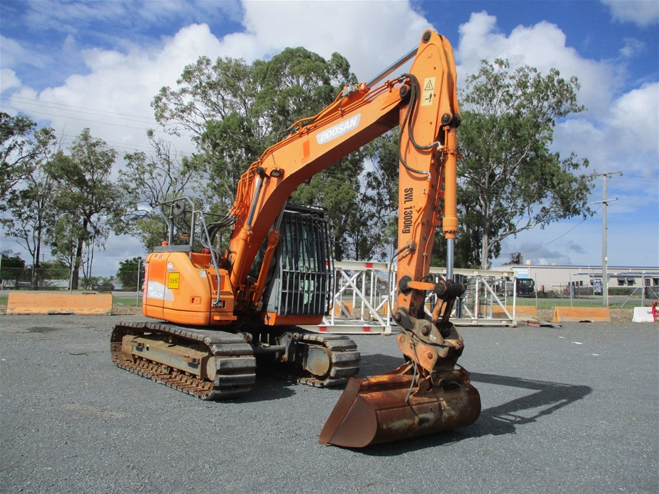 2013 Doosan DX 140 LCR Hydraulic Excavator