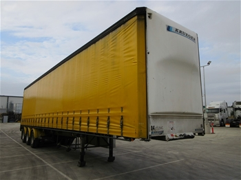 2003 Krueger ST-3-38 Triaxle Curtainside B Section Trailer