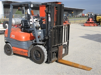1998 Toyota 42-6FG25 4 Wheel Counterbalance Forklift,