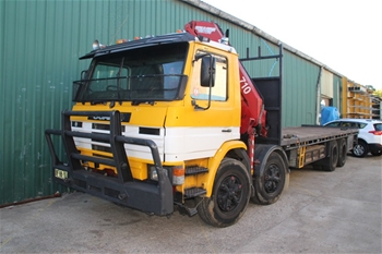 Scania Table Top Truck with Crane