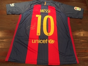 newest collection 71767 df57b 2016/17 – Lionel Messi – Barcelona FC - Personally Signed Jersey