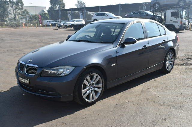 2011 (Comp) BMW 330i Automatic Sedan