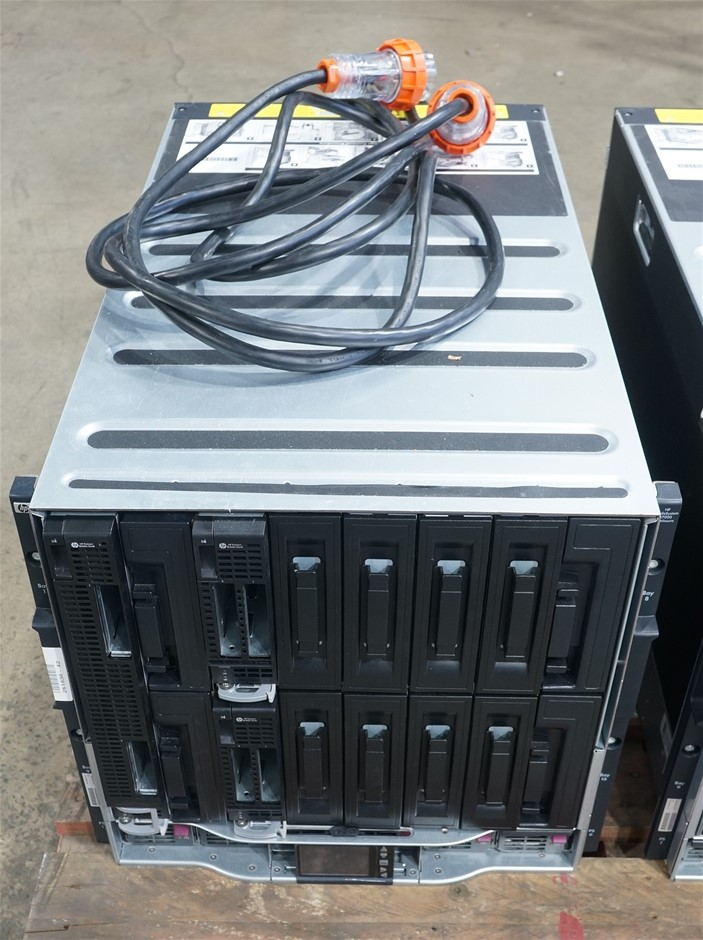 HPE BLc7000 Enclosure 3 Phase Intnl with 3 Server Blades