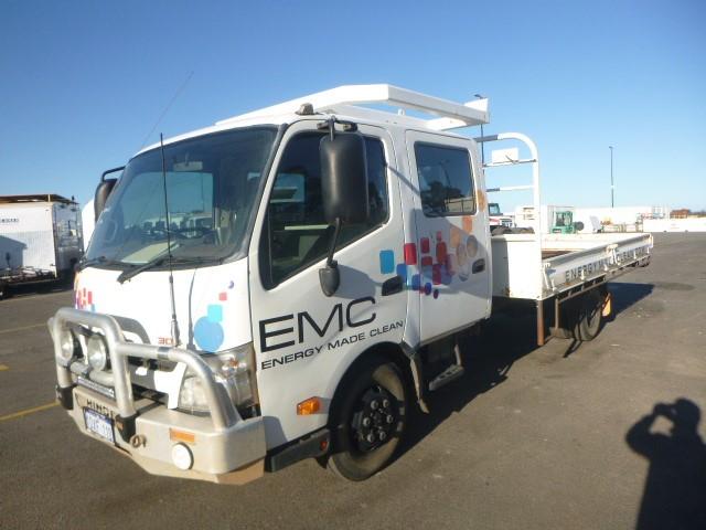 2012 Hino 816 300 4x2 Tray Body Truck