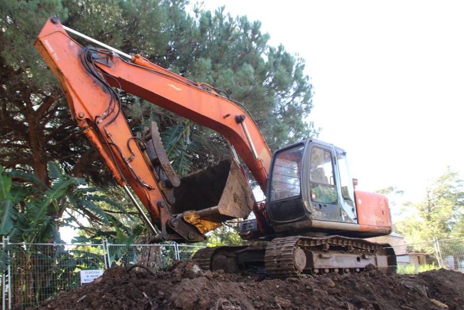 Hitachi EX150-5 15 Ton Excavator