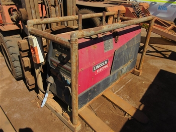 Lincoln Electric Ranger 305D Welder Generator