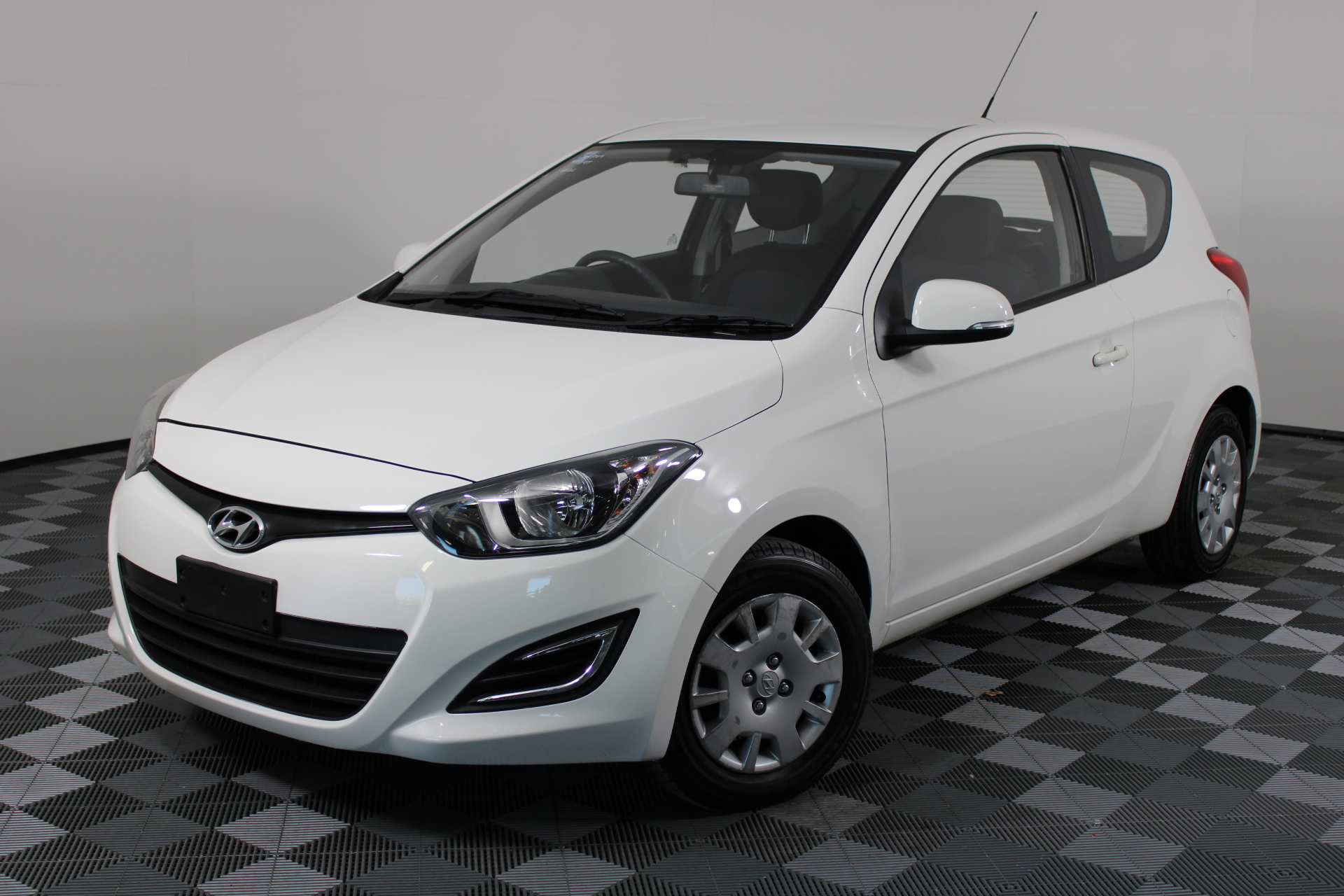 2013 Hyundai i20 Active PB Automatic Hatchback