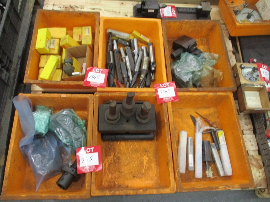 6 x Plastic Tubs of Assorted Tooling Comprising: