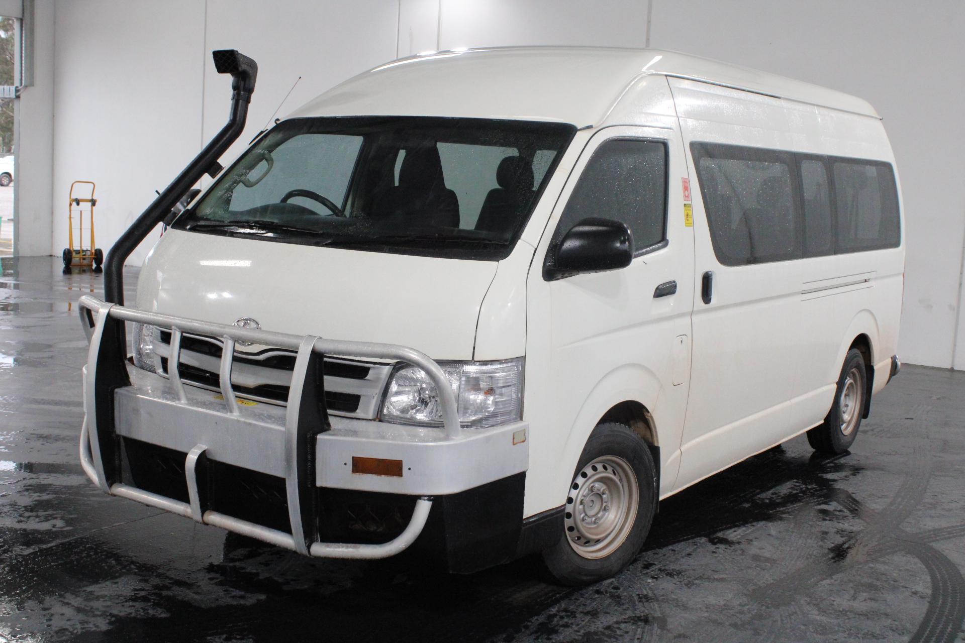 2010 Toyota Hiace Commuter KDH223R Turbo Diesel Manual 14 Seats Bus