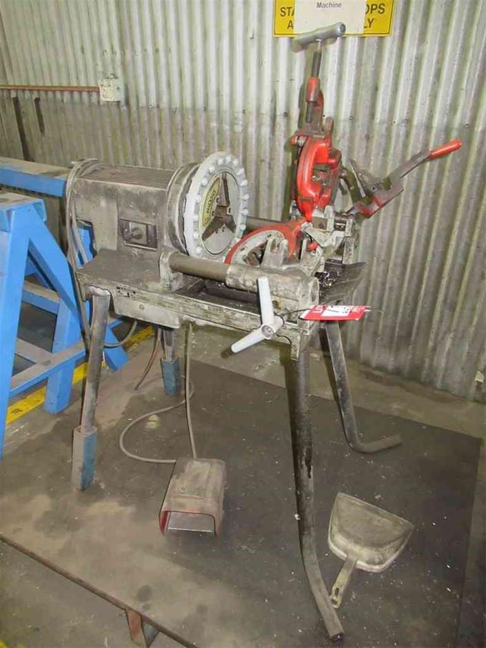 Rigid 300 Compact Pipe Threader