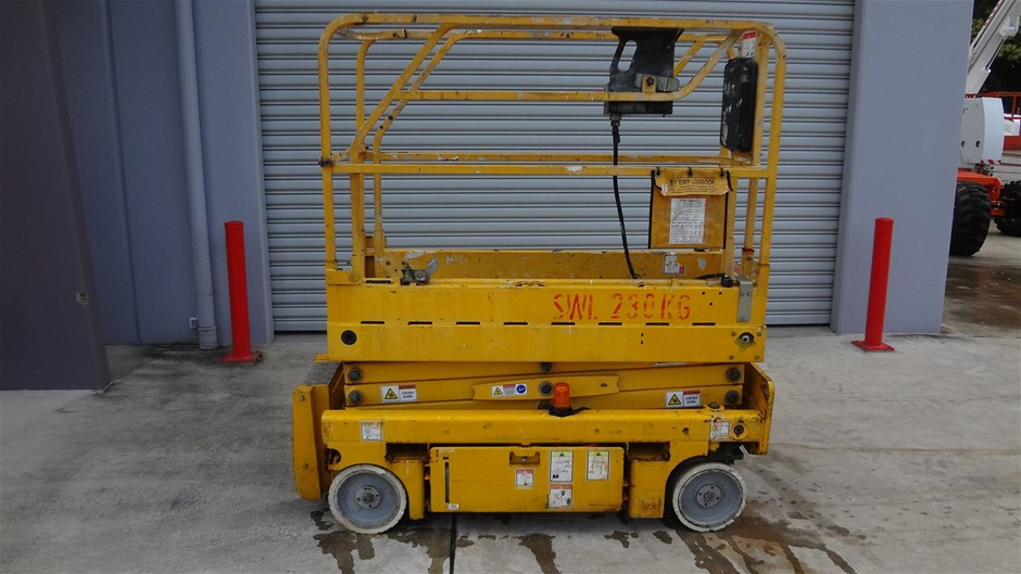 Haulotte Optimum 8.1 Narrow electric scissor lift