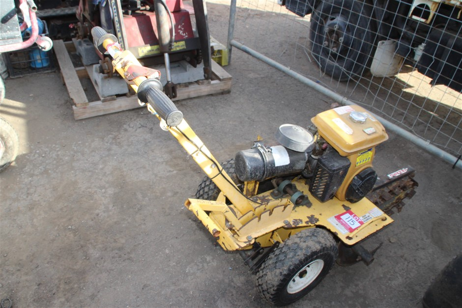 Crommelins DW600 Irrigation Trenching Machine