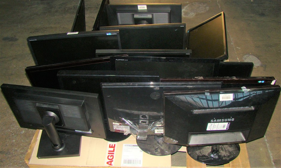 Pallet Of Assorted Monitors