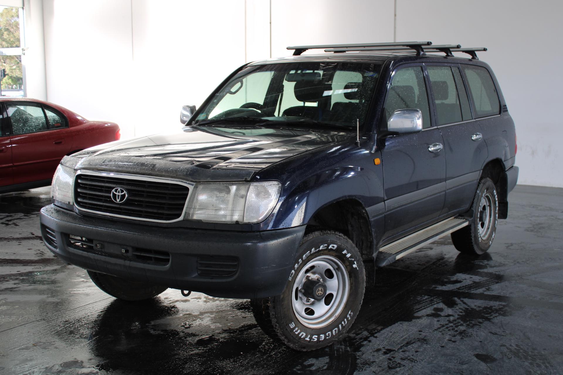 1999 Toyota Landcruiser GXL (4x4) FZJ105R Automatic 8 Seats Wagon