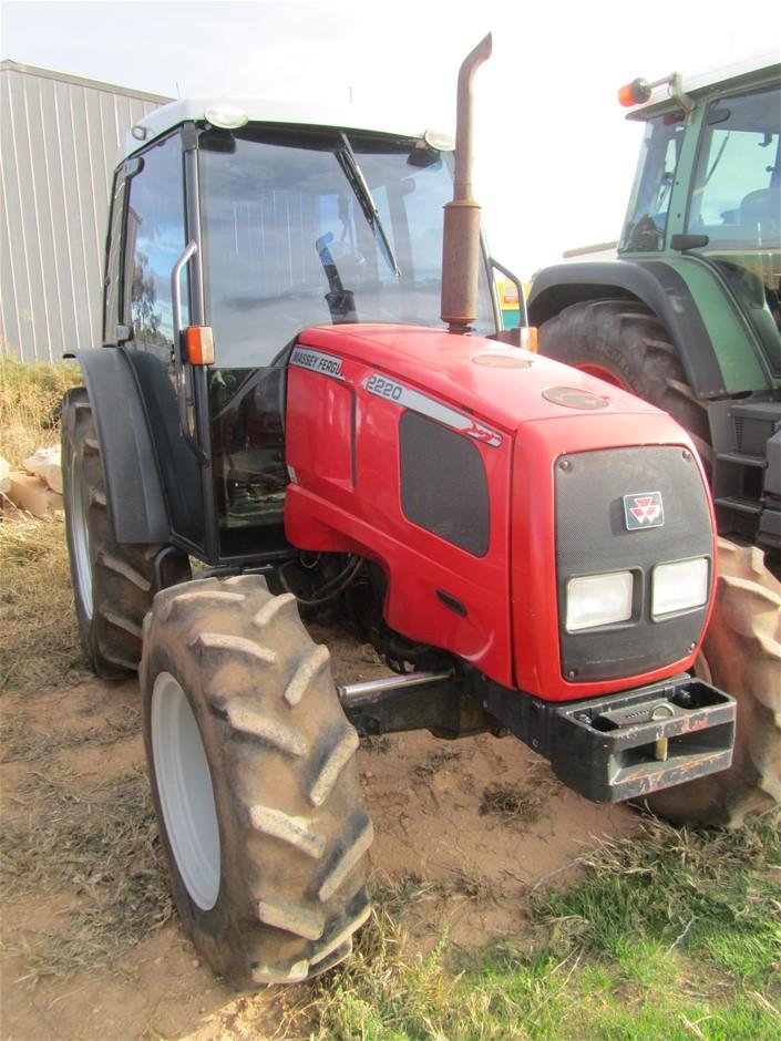 1998 Massey Ferguson 2220 Tractor