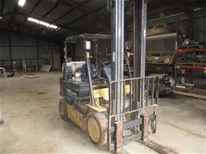 Daewoo G255 Counterbalance Forklift