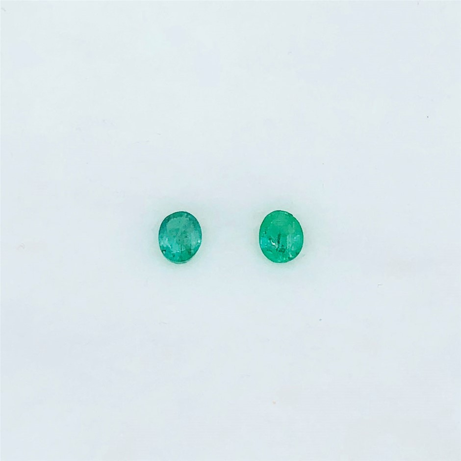 0.65 ct - Oval Cut Pair of Natural Emerald