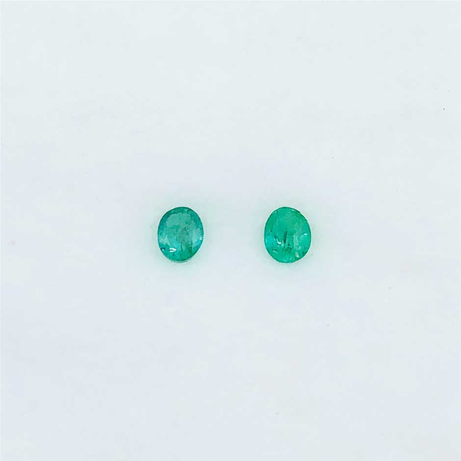 0.70 ct - Oval Cut Pair of Natural Emerald