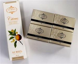 AURIEL COLLECTION BEAUTY PRODUCTS - Set