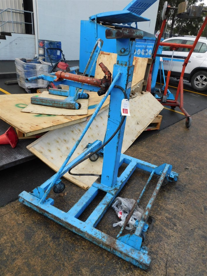 3 x Hydraulic Lifters Assorted Includes