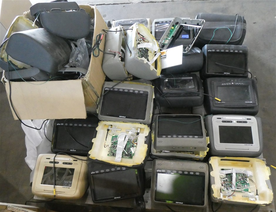 1 pallet of approx 25 pcs of Assorted Headrest Multimedia Players