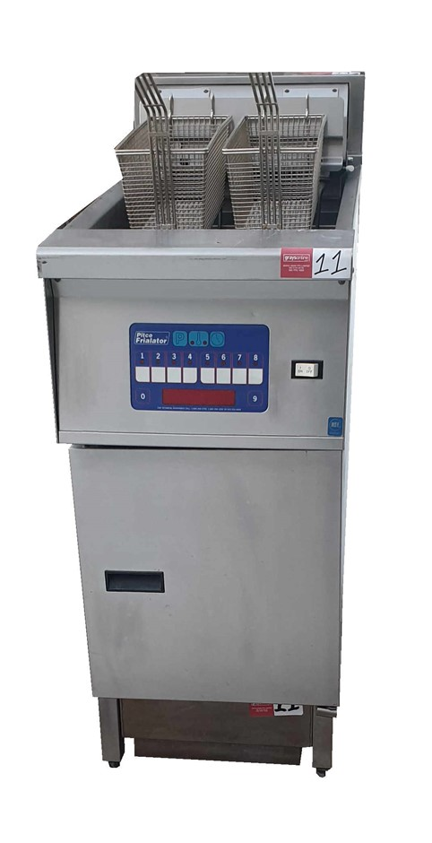 PITCO SFE14UFMS DIGITAL CONTROL ELECTRIC DEEP FRYER WITH FILTRATION OIL SYS