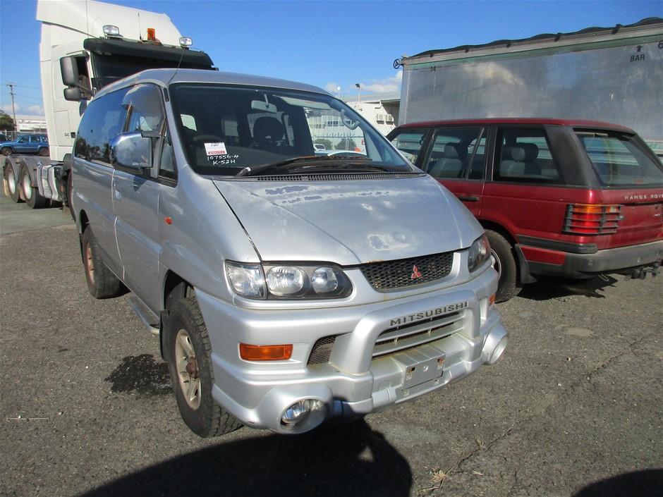 2002 Mitsubishi Delica 4WD Automatic People Mover
