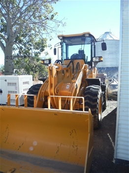 2012 Victory VL360 Wheel Loader Comes with Bucket and Fork Tynes