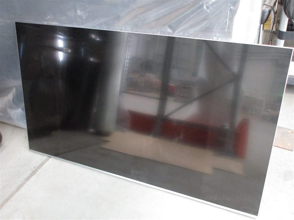 Samsung UA65MU7000WXXY Flat Screen TV/Remote (mountable)