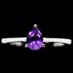 Gorgeous Genuine Amethyst Solitaire Ring