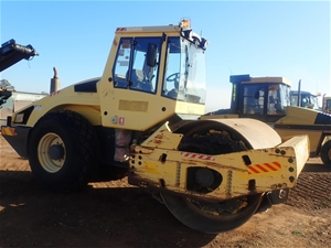 2005 Bomag BW211D-4 Smooth Drum Roller