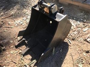 CAT Excavator Bucket - 400mm