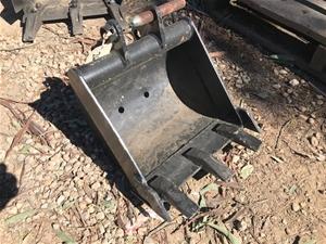 CAT Excavator Bucket -370mm