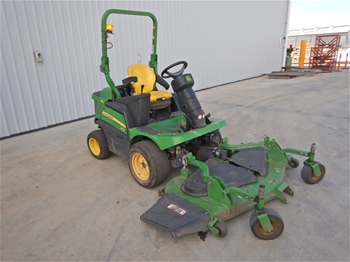 2015 John Deere 1570 Ride On Front Mower 4WD (2 Available)