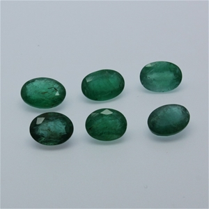 Six Loose Emerald, 10.10ct in Total