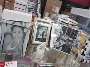 31 x Assorted Frames