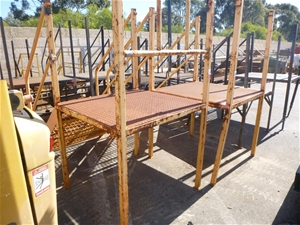 2 x Sets of Steel Entry Steps with Landi